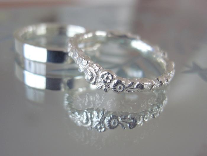 プラチナの花冠をイメージして作った結婚指輪