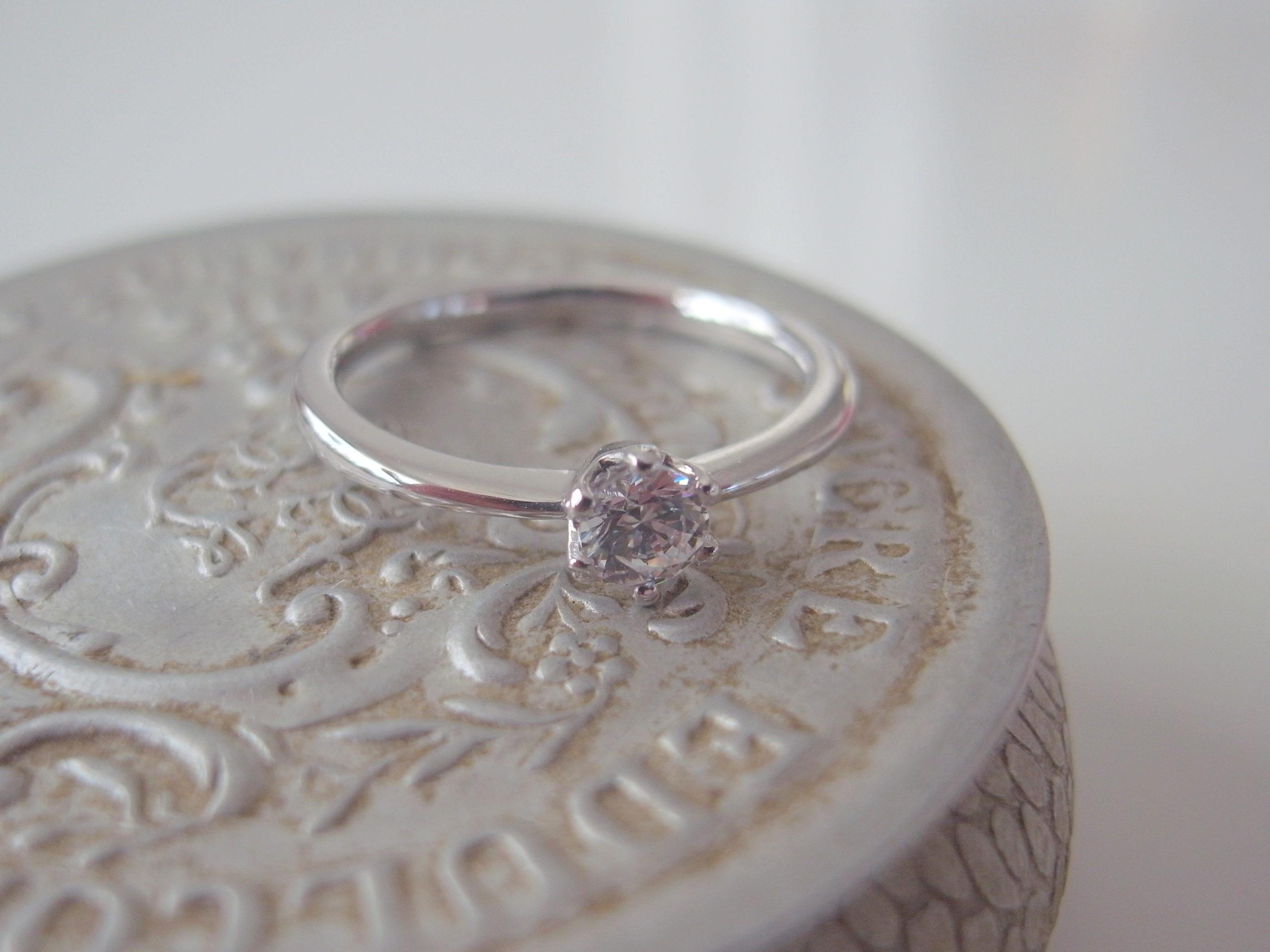 婚約指輪の人気デザイン・ソリティア...