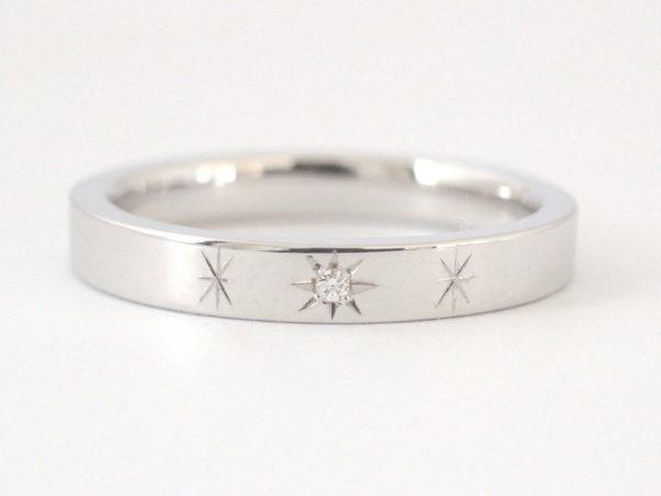 ダイヤを五光留めしたプラチナの結婚指輪