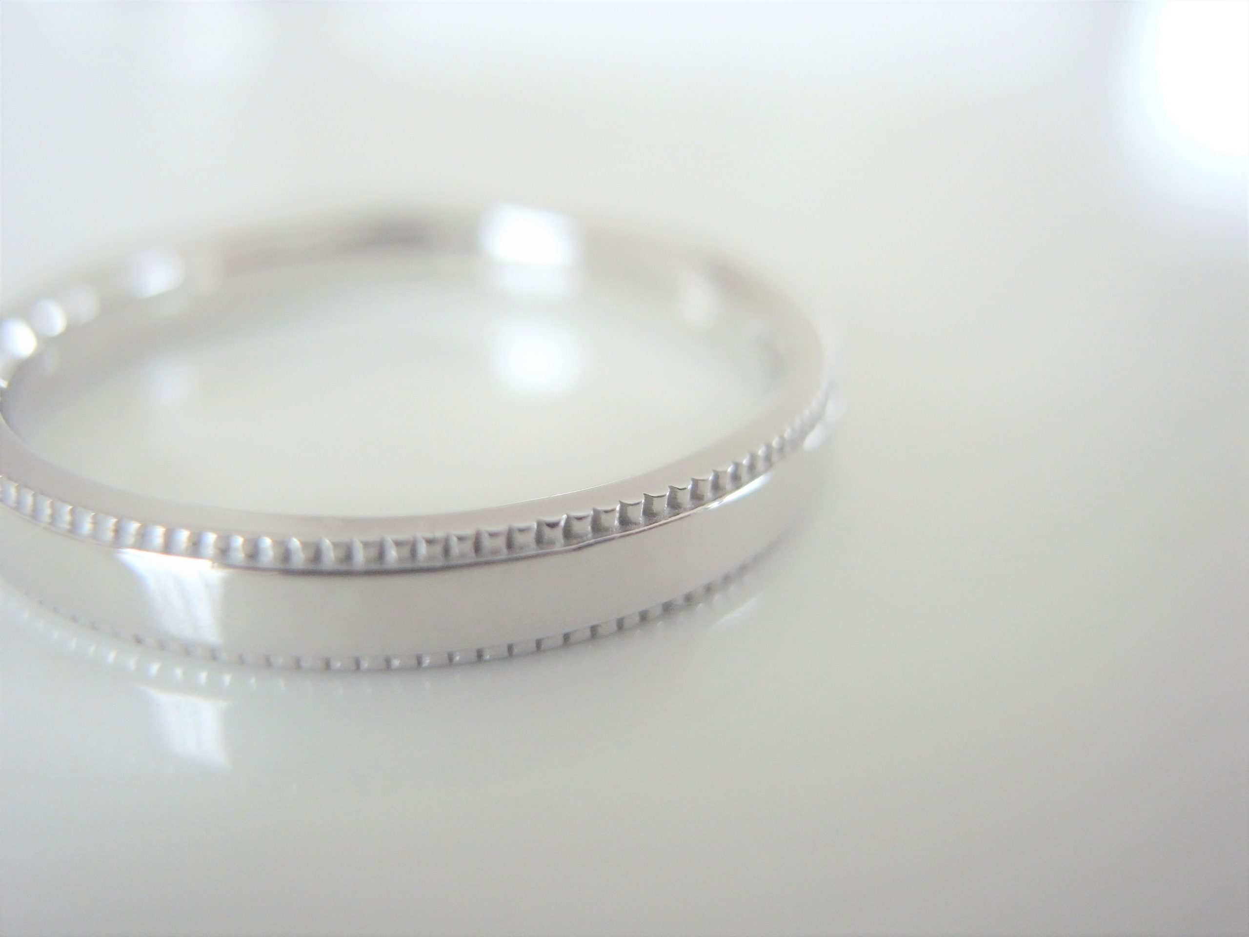ミル打ちの結婚指輪について...
