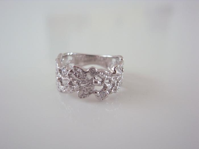 結婚記念日にお作りした「月桂樹の指輪」...